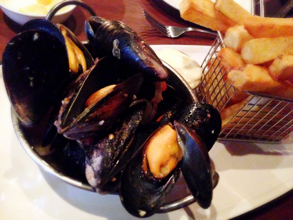 Mussels and Fries @Cork and Fin