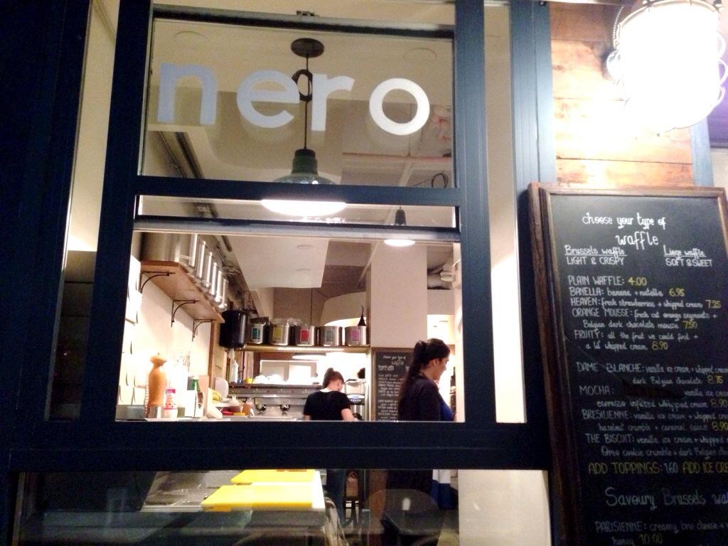Nero Belgian Waffle Bar