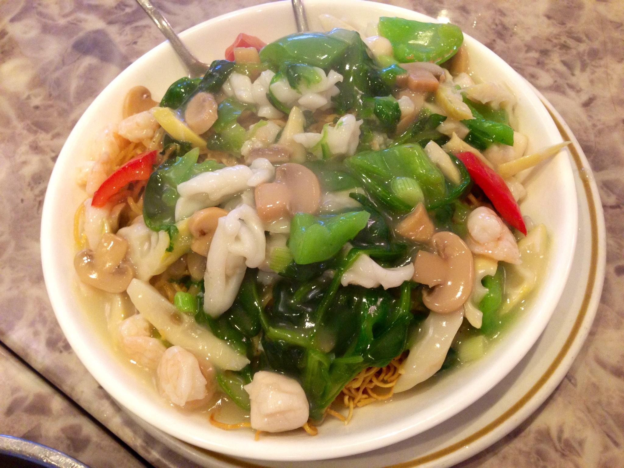 Seafood on Fried Egg Noodle @ Shanghai Xiao Long Bao