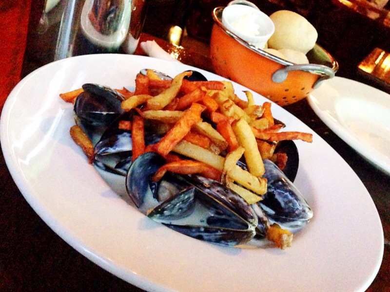 mussels night @ twisted fork bistro