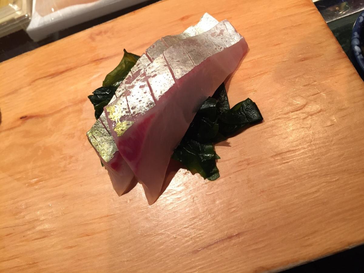 shima-aji sashimi (striped mackerel)