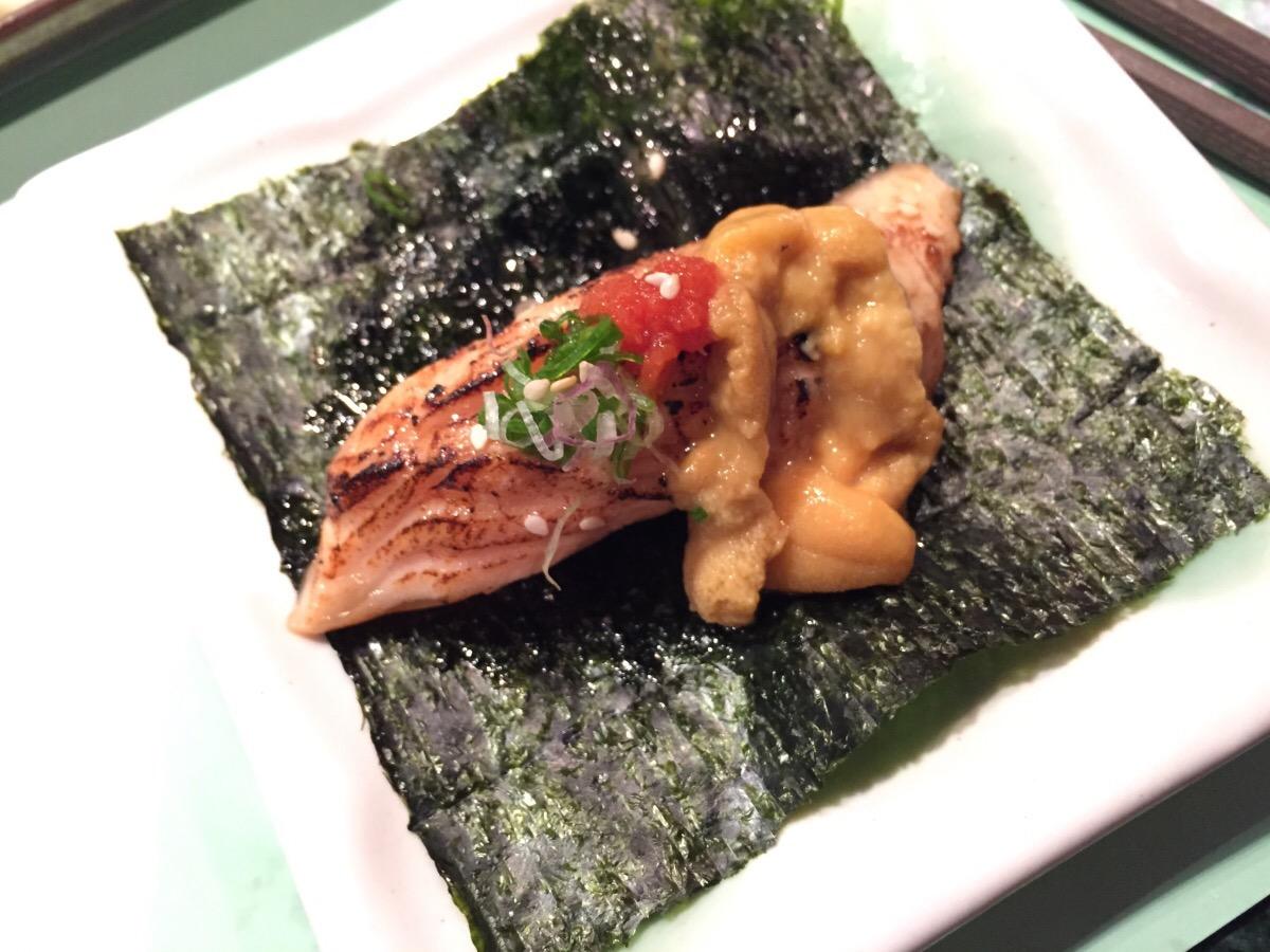aburi salmon belly and uni