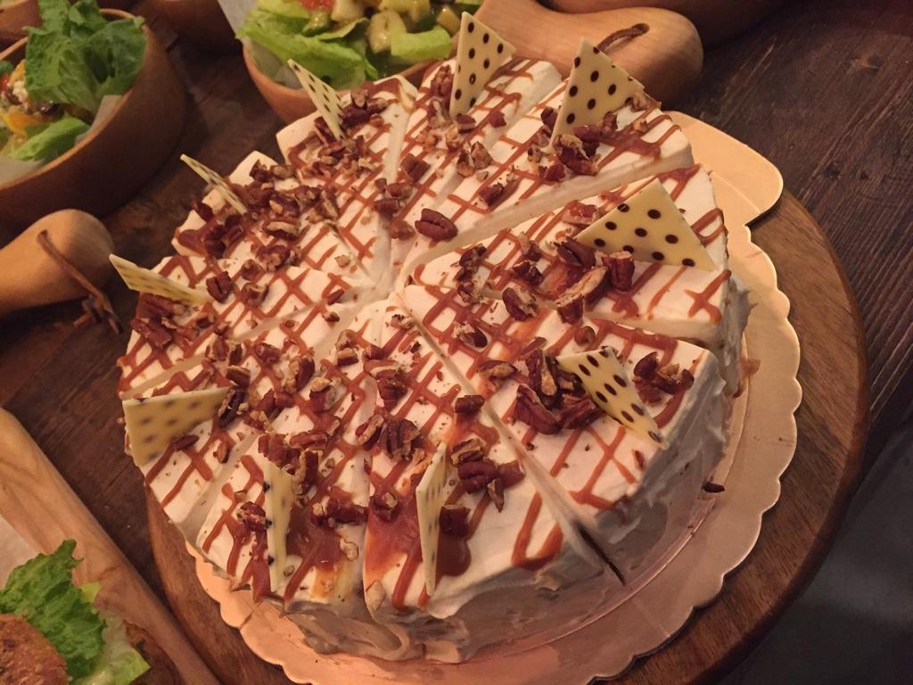 caramel earl grey cake