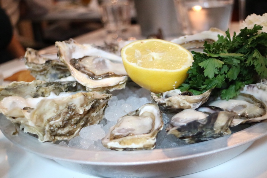 Fanny Bay Oyster Bar & Shellfish Market