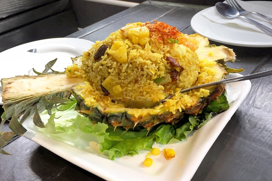 """pineapple seafood fried rice"""