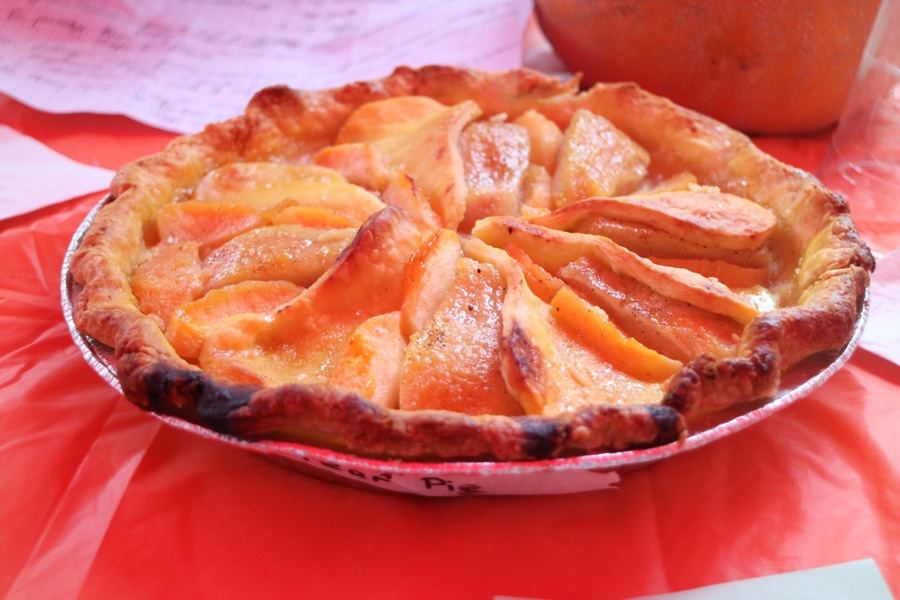 Autumn Glory Pear Pie