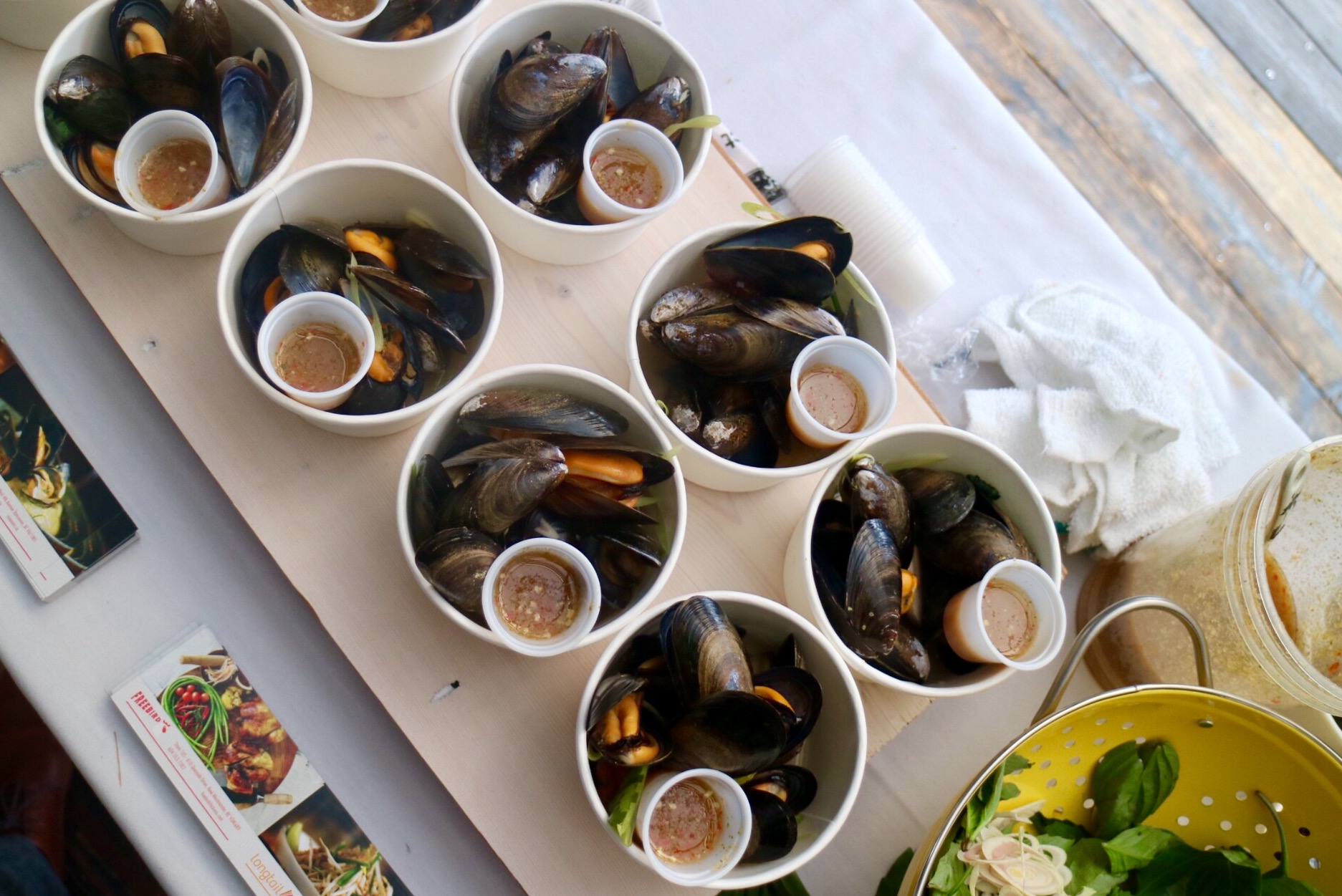 Steamed BC Mussels with Thai Aromatics