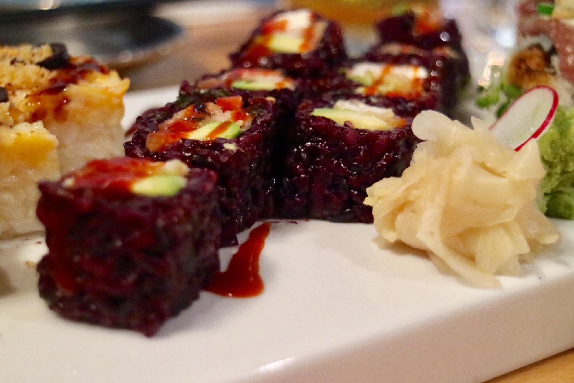 Black Rice Roll