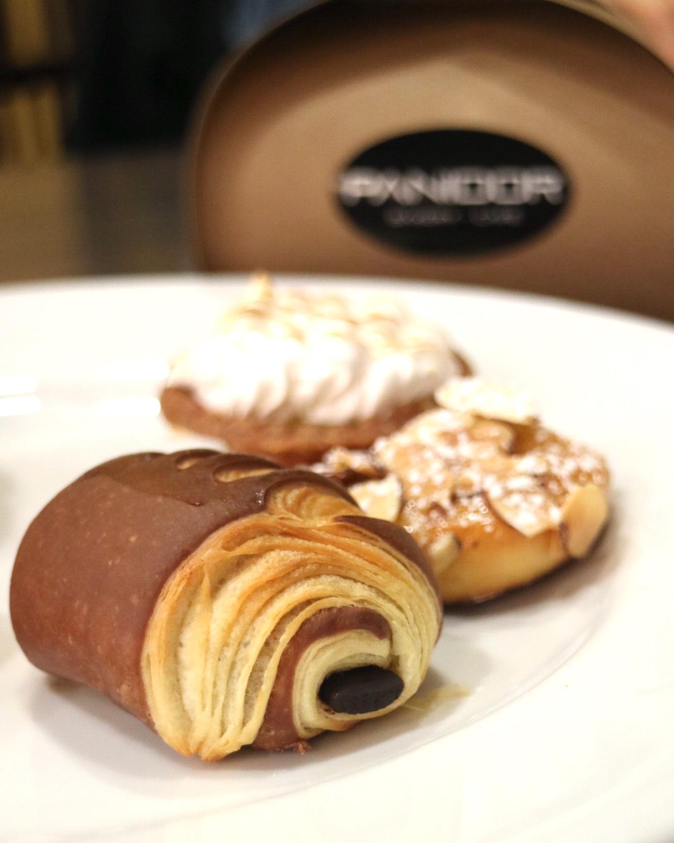 Panidor Bakery Café