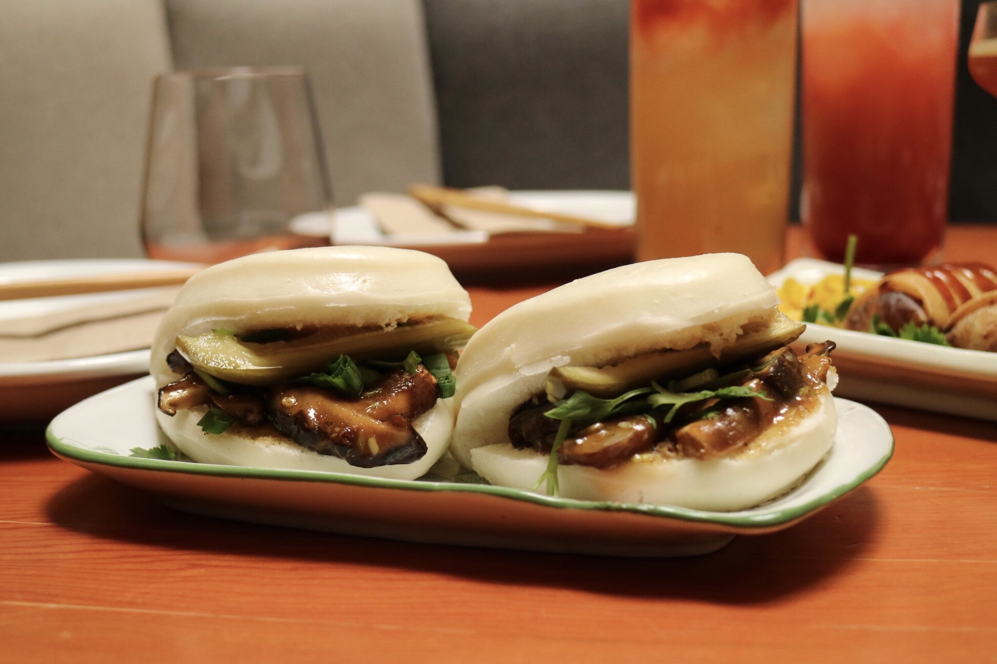 Mantou buns with Shiitake