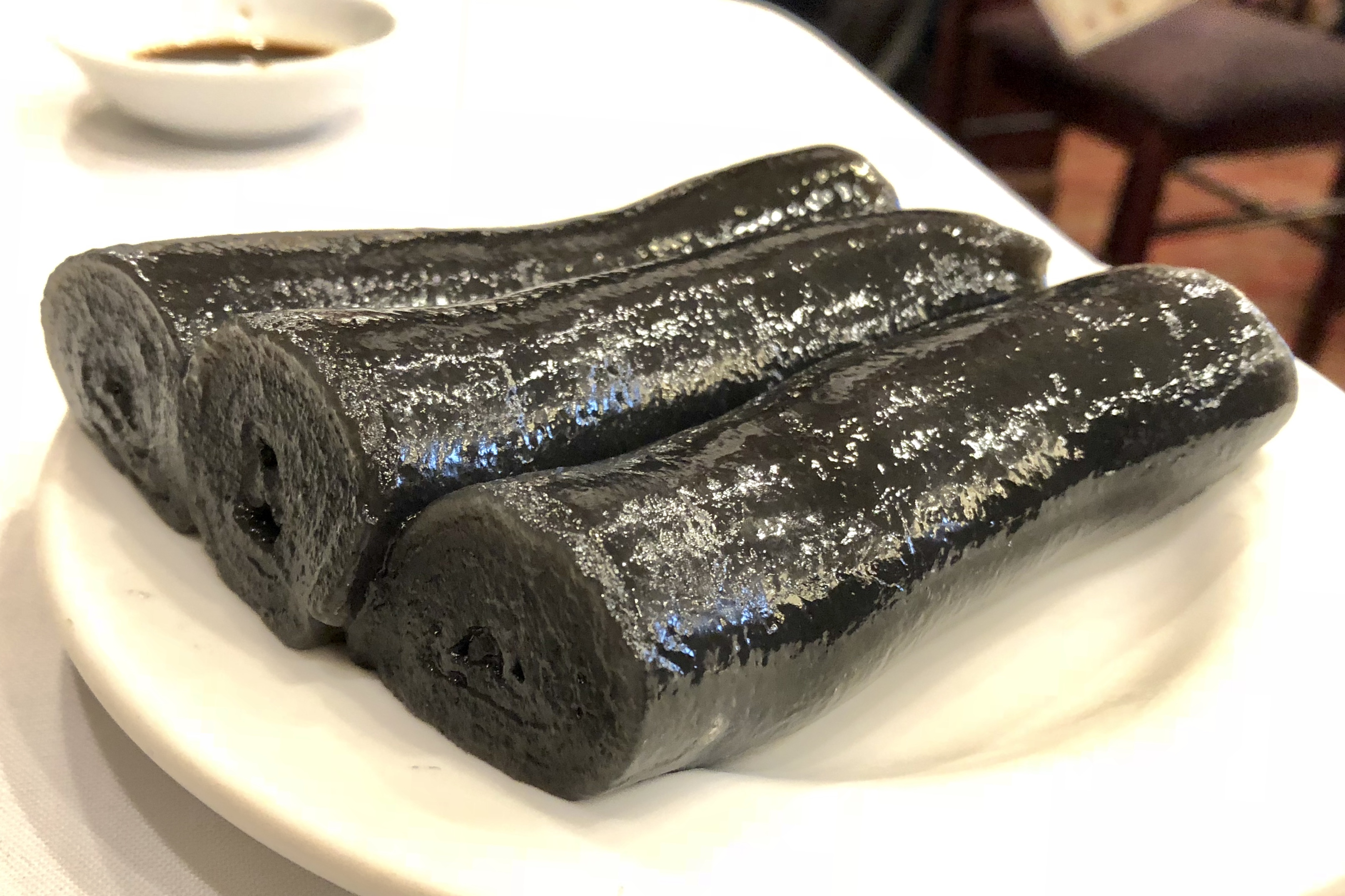 black sesame roll