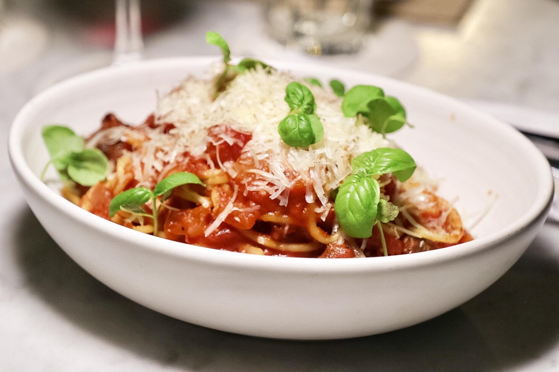 Spaghetti & bison meatballs