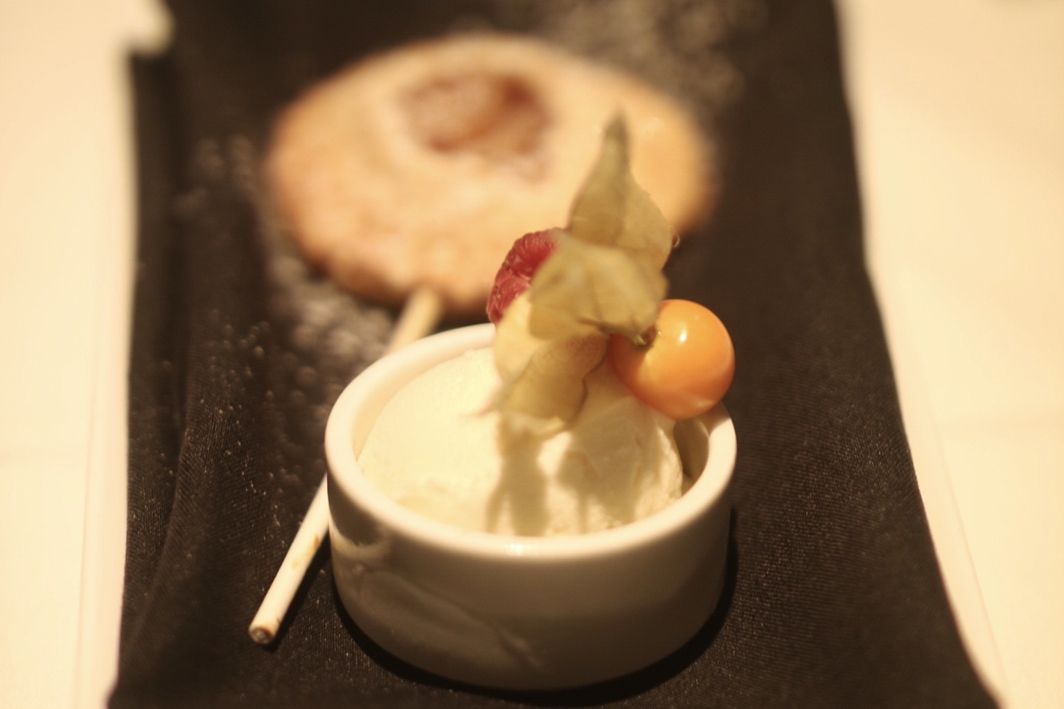 "Apple Pie ""lollipop"" a la mode"
