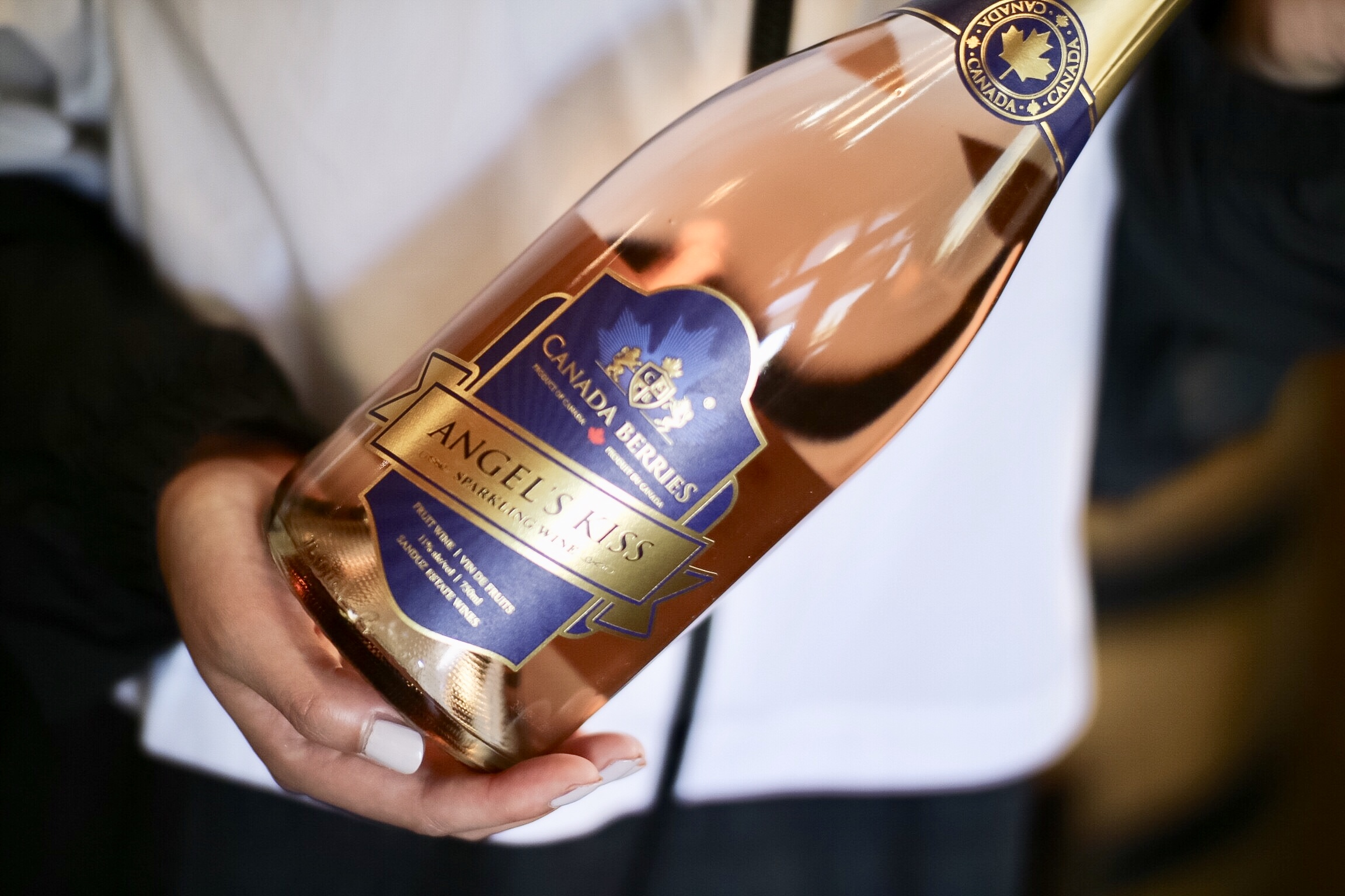 Angel's Kiss Sparkling Wine