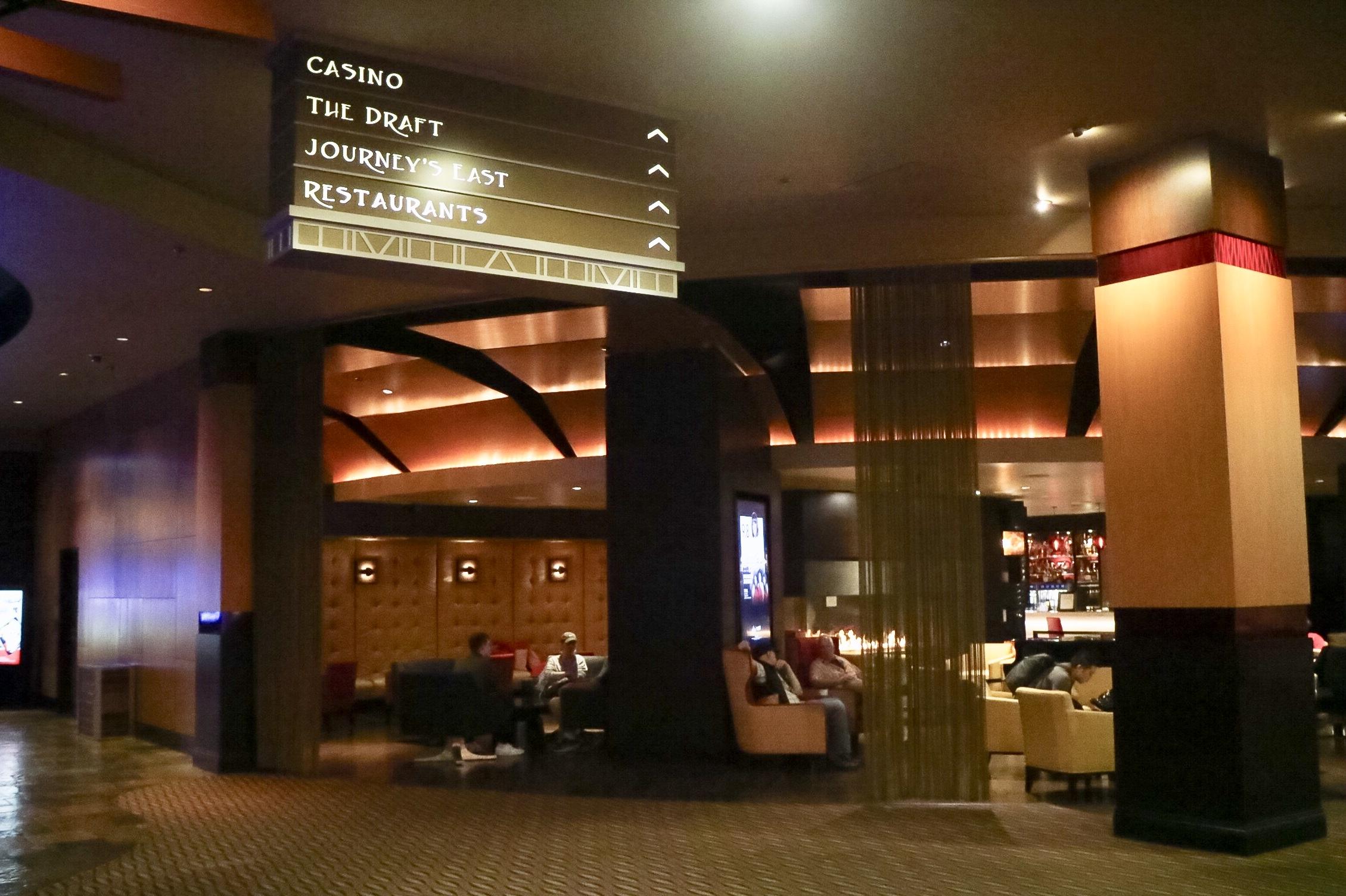 Destinations Lounge