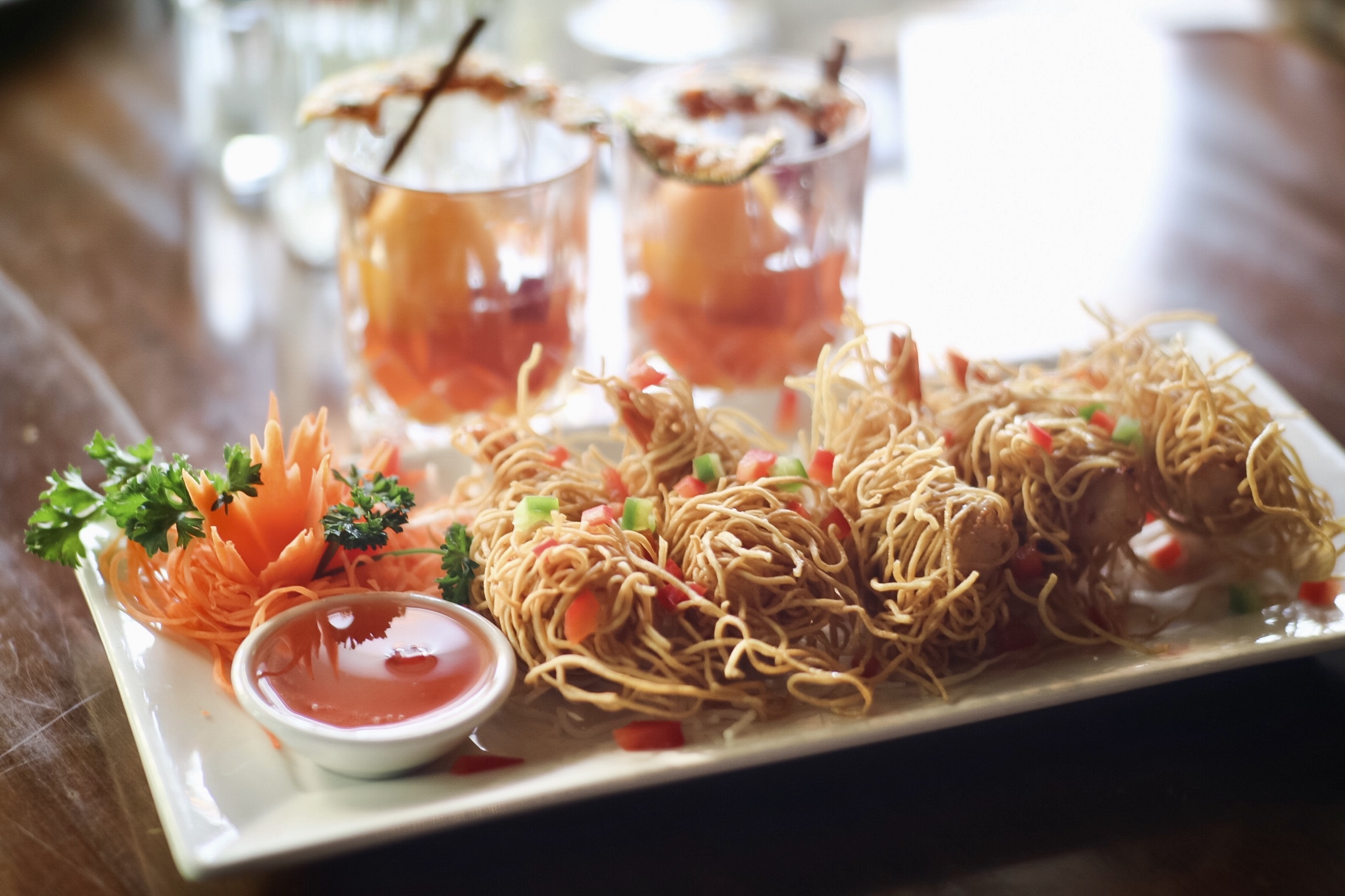Prawns with Crunchy Noodles