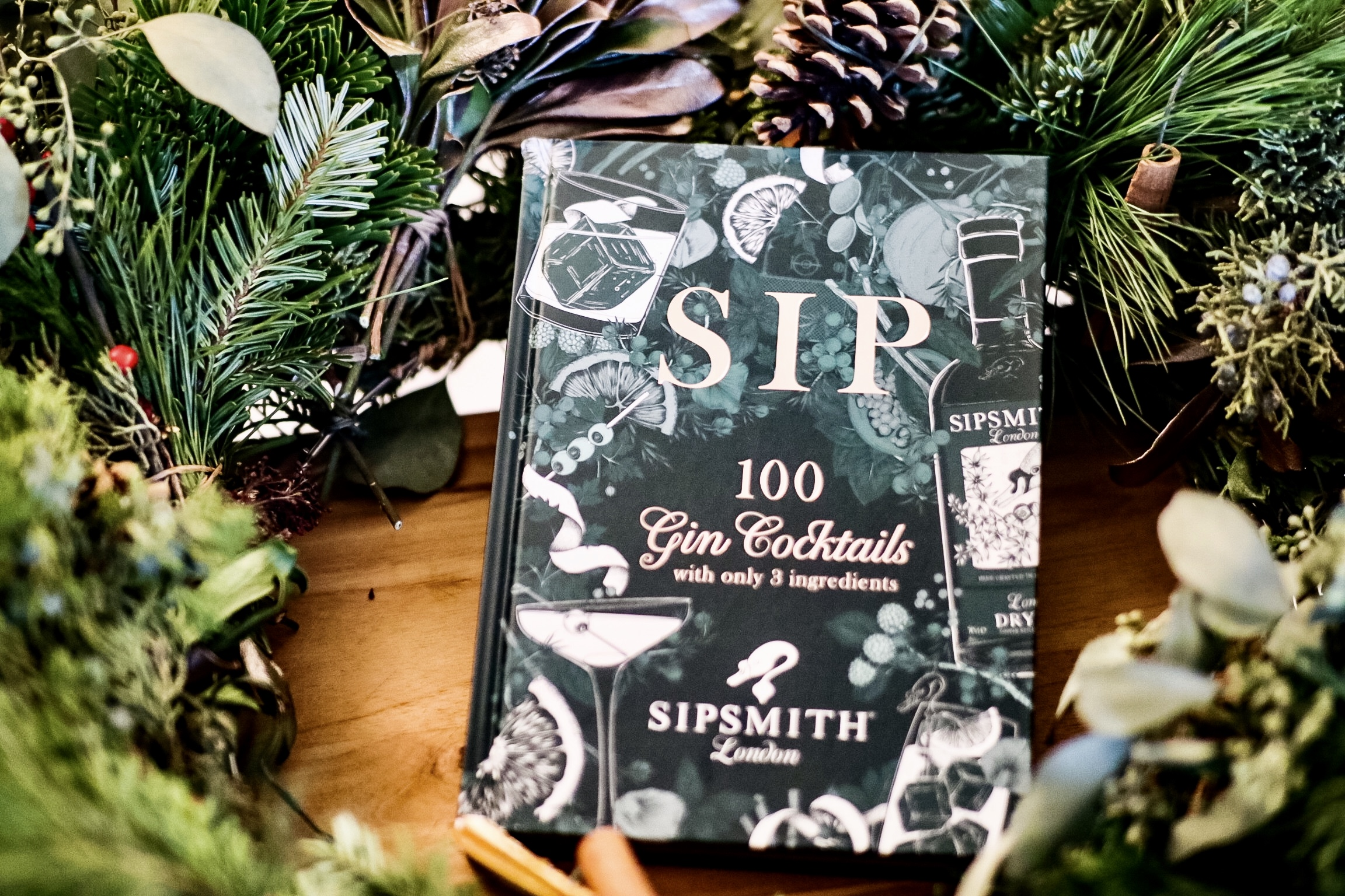Sip: 100 Gin Cocktails with Only 3 Ingredients